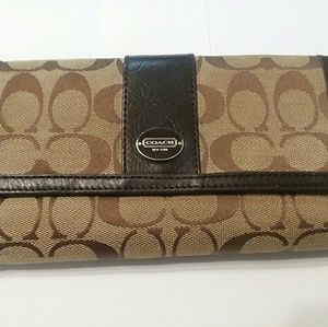 Coach classic brown pattern wallet